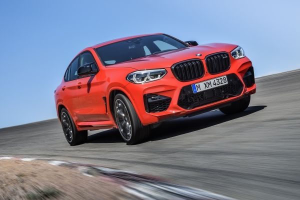 P90334532_lowRes_the-all-new-bmw-x4-m.jpg