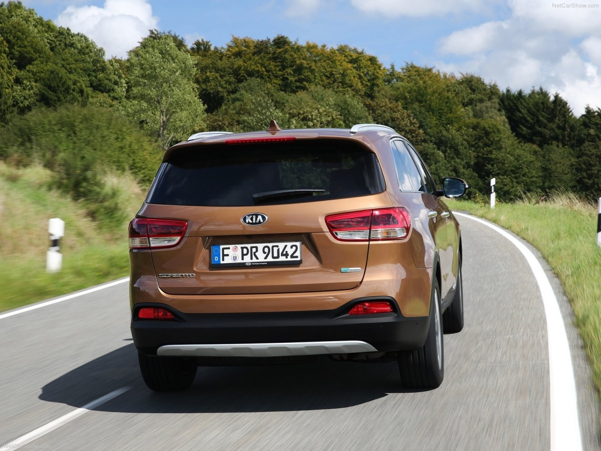 Kia-Sorento_2015_1600x1200_wallpaper_05.jpg