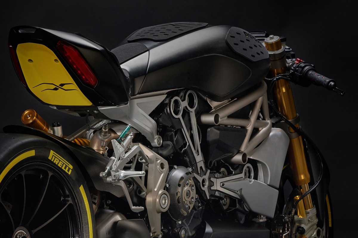 Ducati-dragXter-chassis-2-1.jpg