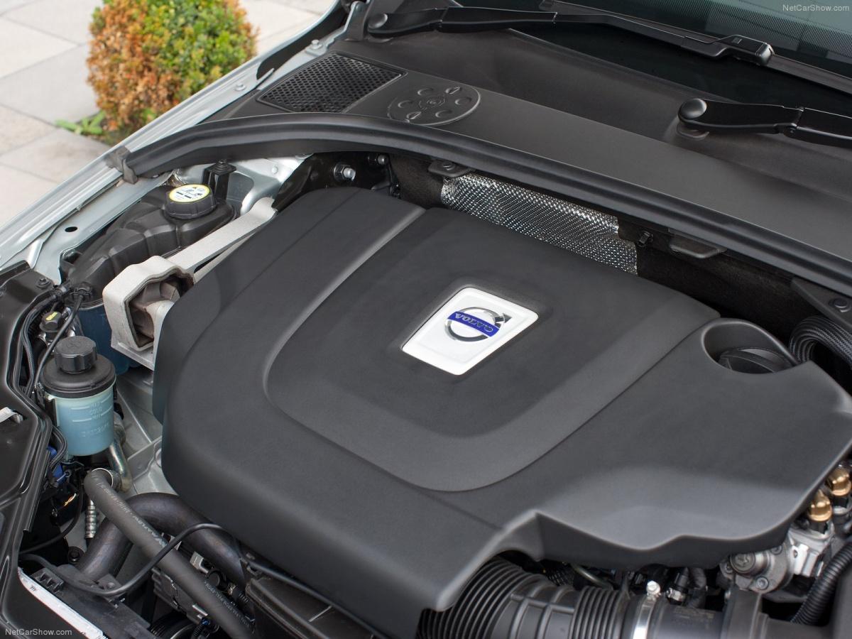 Volvo-S80-2010-1600-a0.jpg