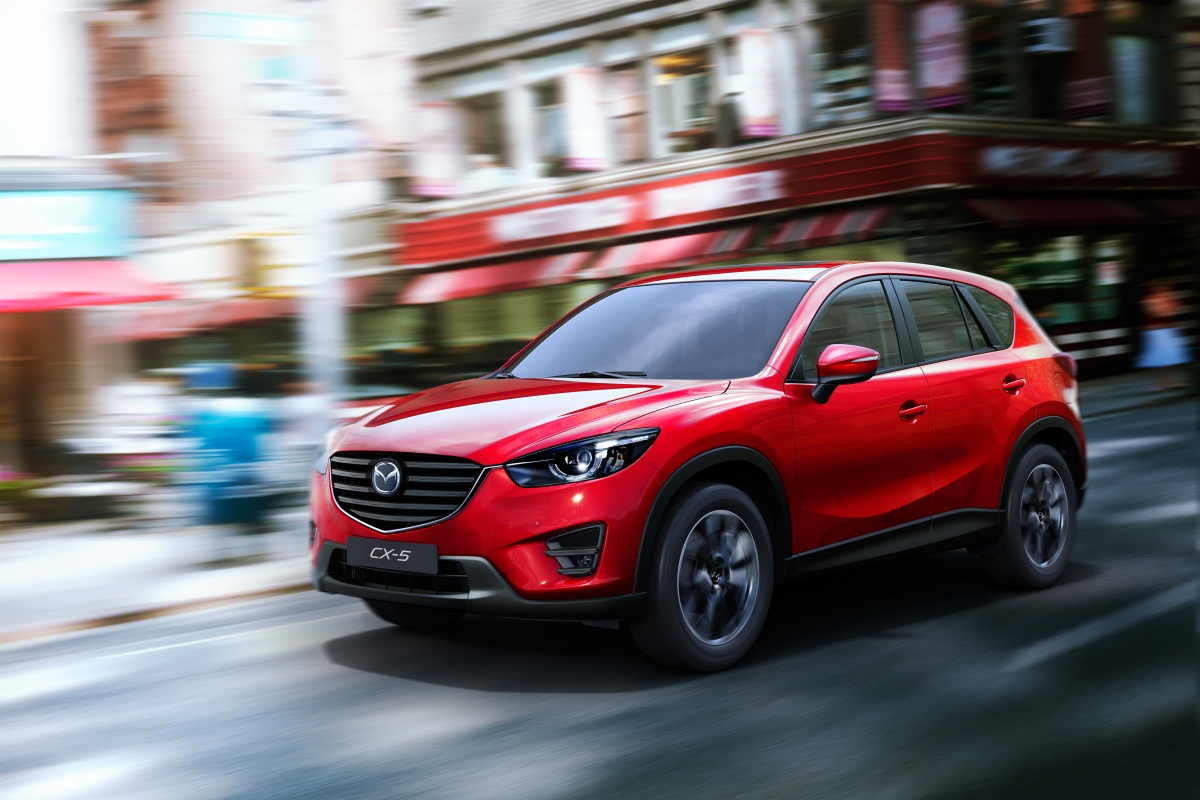 2015_CX-5_2014_LAAS_EU_Action_2.jpg