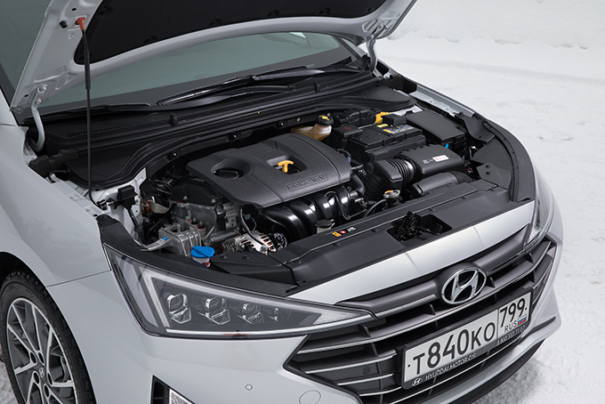 Hyundai Elantra: Альтернатива без выбора