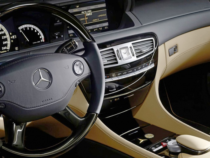 Интерьер Mercedes CL 500 «Trademark Centenary»
