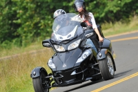 Can-Am Spyder RT 2010 года (ВИДЕО)