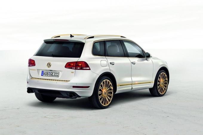 На нашем сайте avtomaniyainfo истинные автолюбители смогут найти инфо об vw touareg 2013 бензин тест драйв, видео