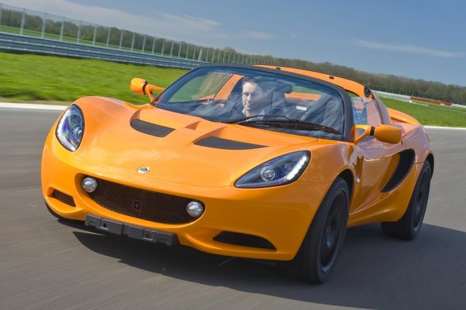 Производство спорткаров Lotus могут перенести в Китай