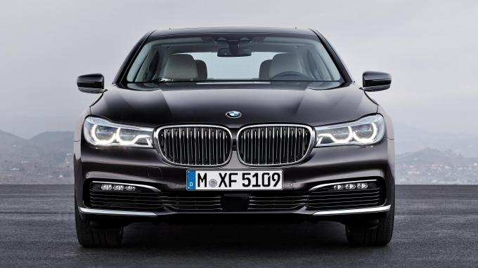 BMW 7-й серии получит двухлитровый двигатель