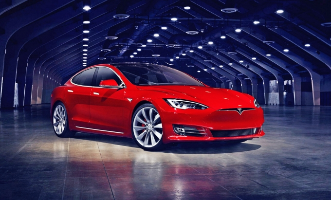 Tesla Motors рассчитывает выпустить «народный» электрокар